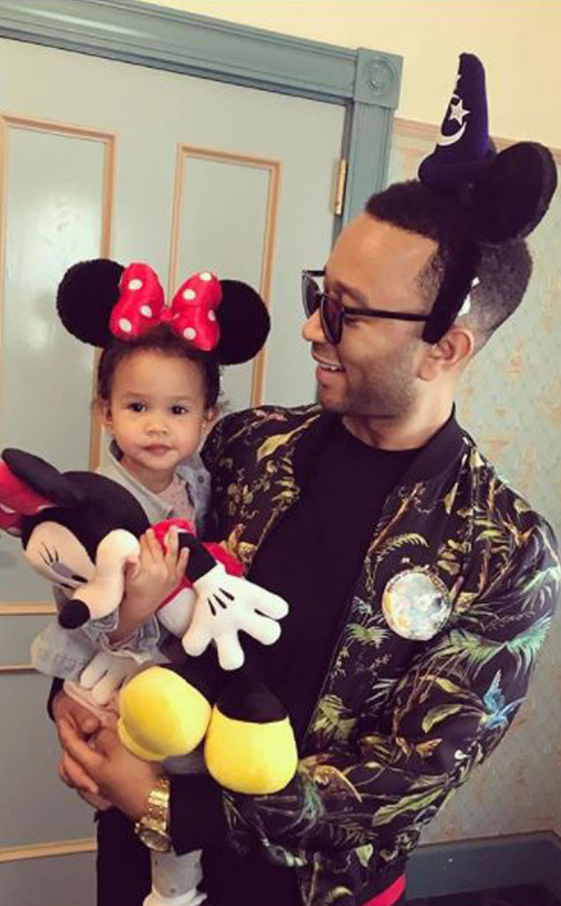 John Legend, Luna, Father, Daughter